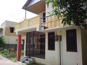 House with Apartments for Sale in Kumbakonam Dabir Street in Main Area